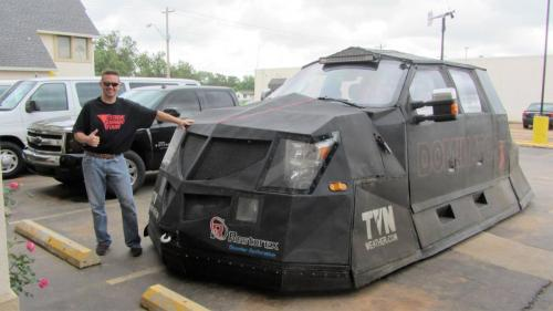 Reed Timmer and Dominator 3
